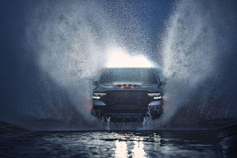 Défi osé diront certains… inconscience diront d'autres… Le Dodge Ram 1500 TRX !