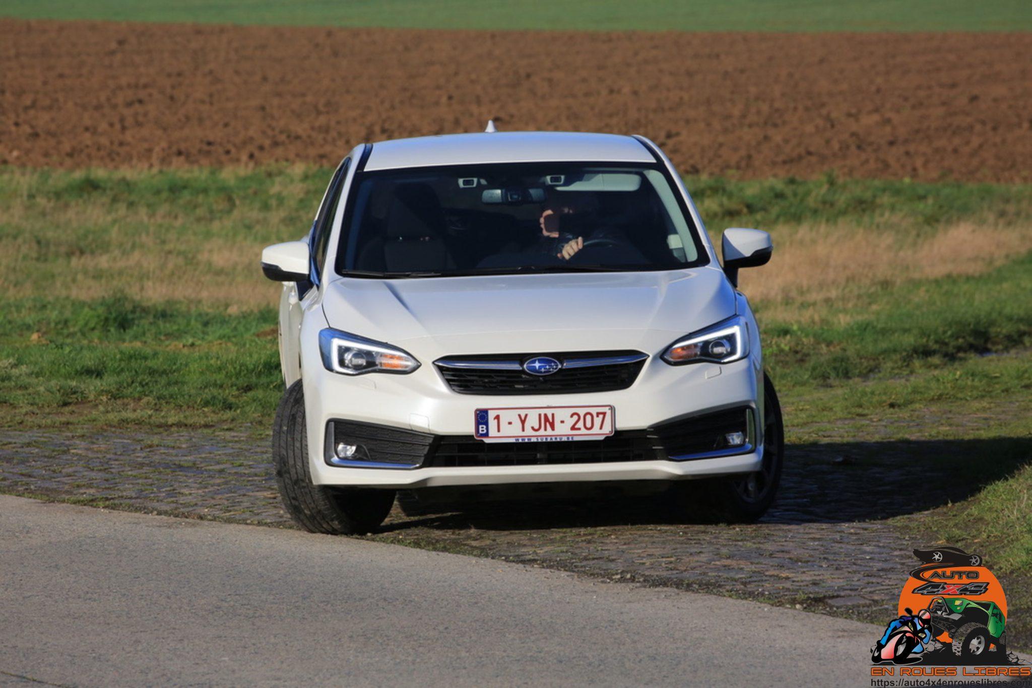 La célèbre championne de WRC au banc d'essai : la Subaru Impreza e-boxer