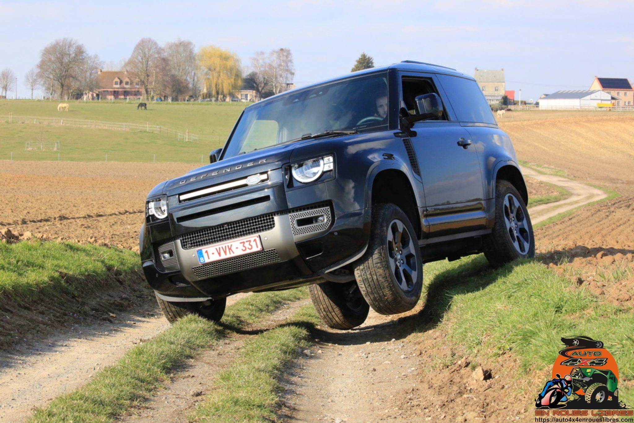 Hors des sentiers battus avec le new Land Rover Defender 90 P400 X-Dynamic S