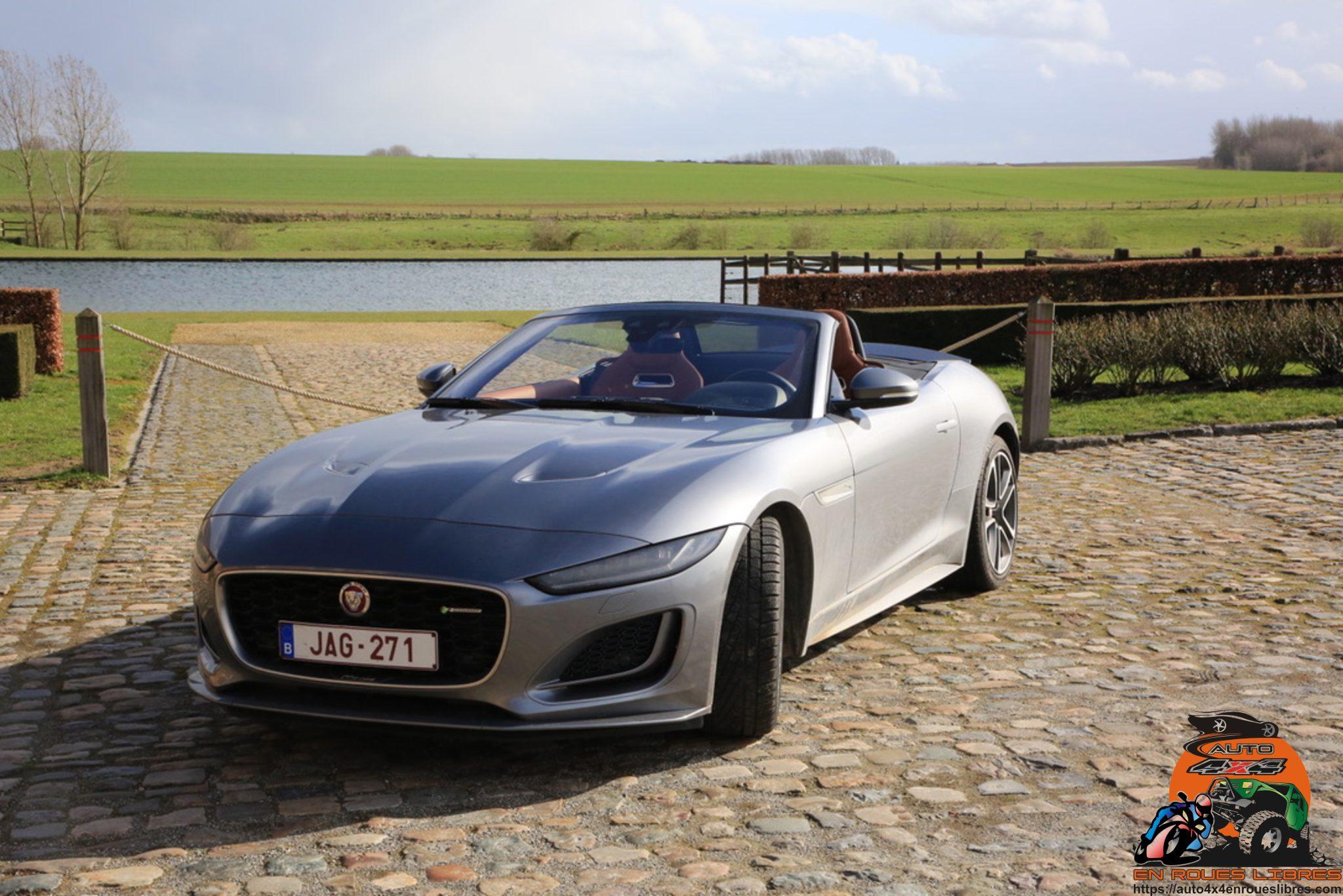 Top down cet été? Pourquoi pas avec cette Jaguar F-Type cabriolet P300 Auto R-Dynamic!